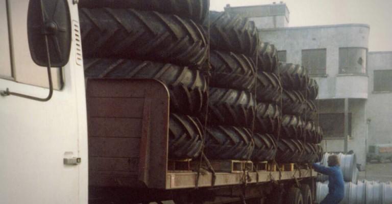Storage UK - Tyre Fitting Operation